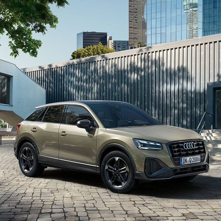 Side and front Audi Q2